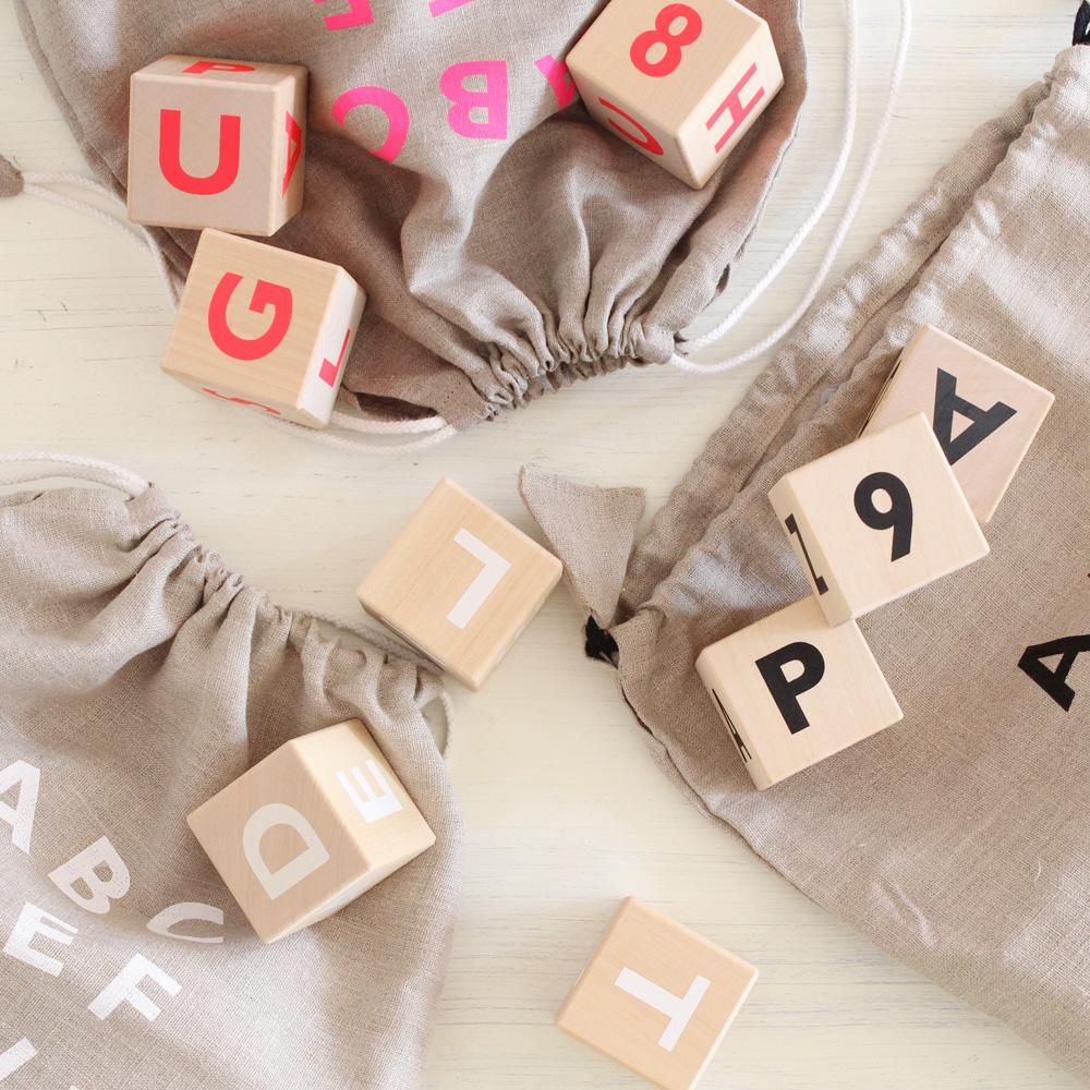 アルファベットブロック